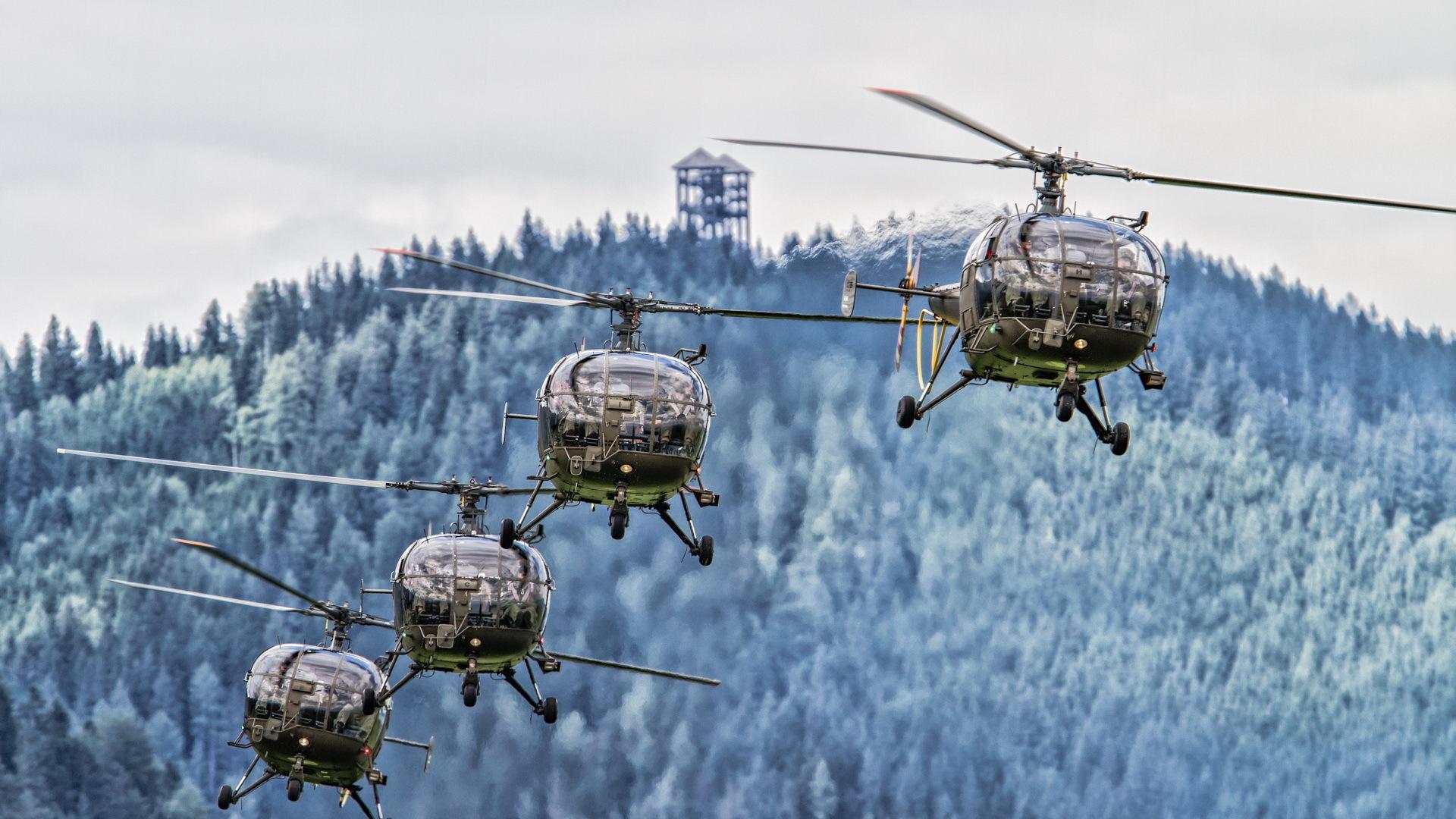 Вертолет-самолет  № 2365941 загрузить