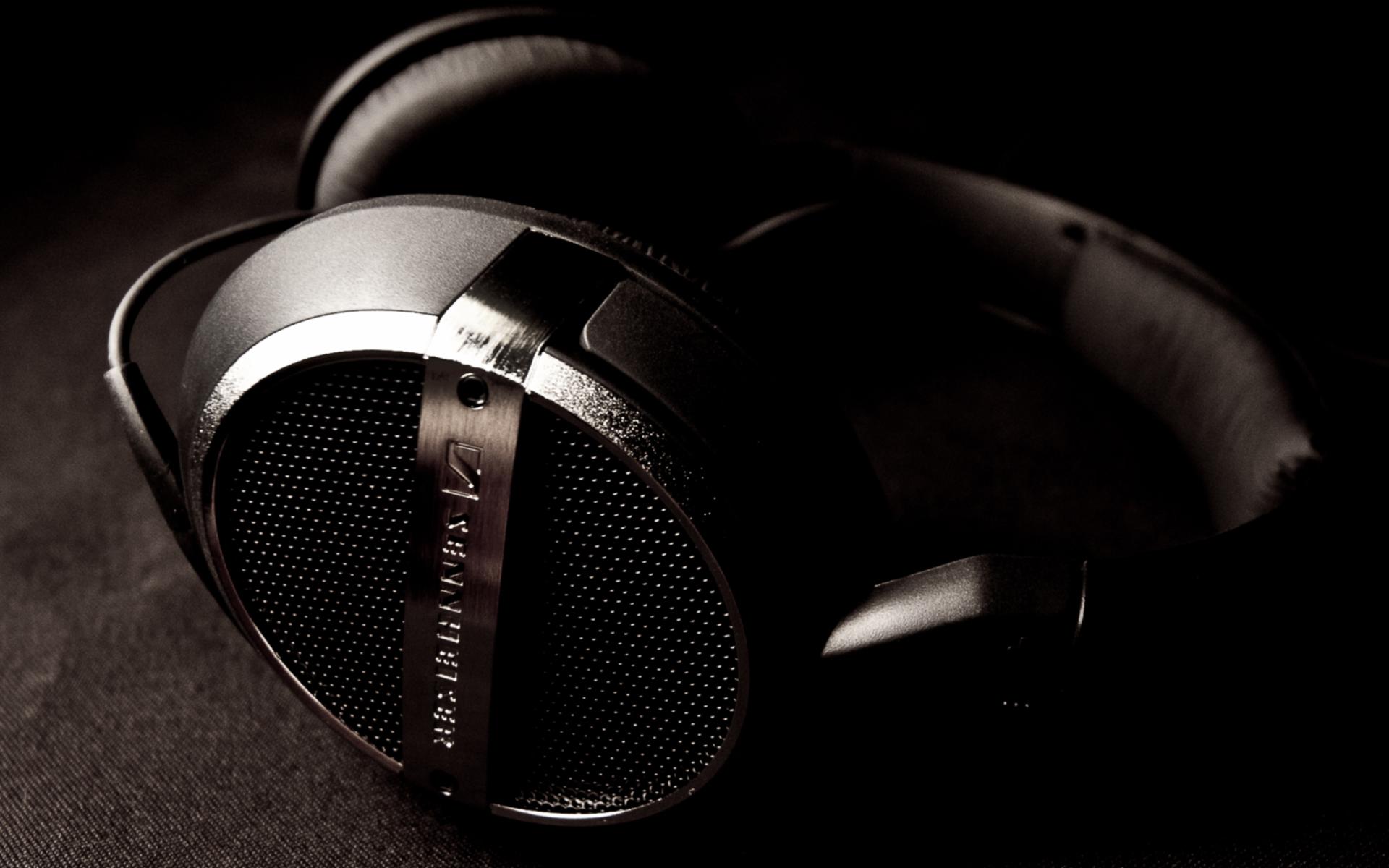 headphones music video - HD1920×1200