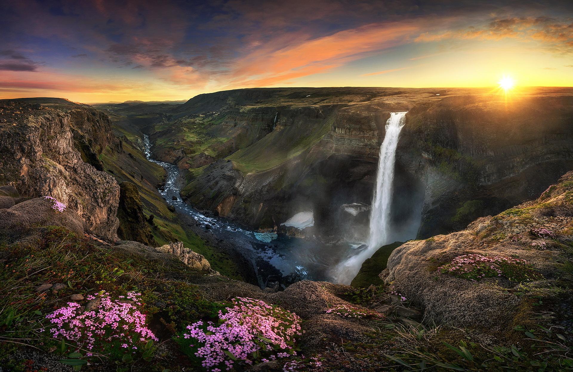 pisayut-vodopad-v-gorah-krasivie