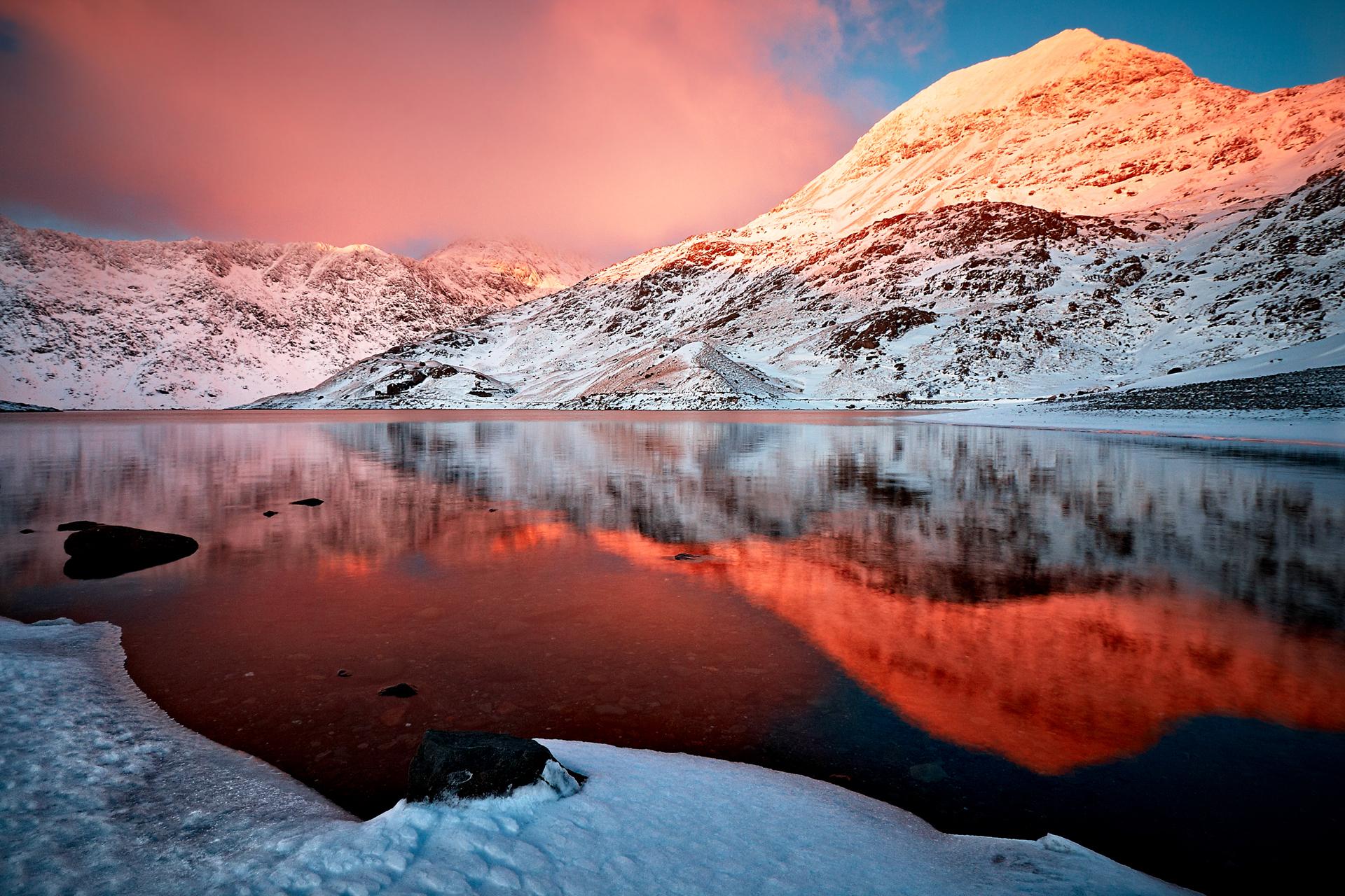 озеро гора снег  № 579256 загрузить
