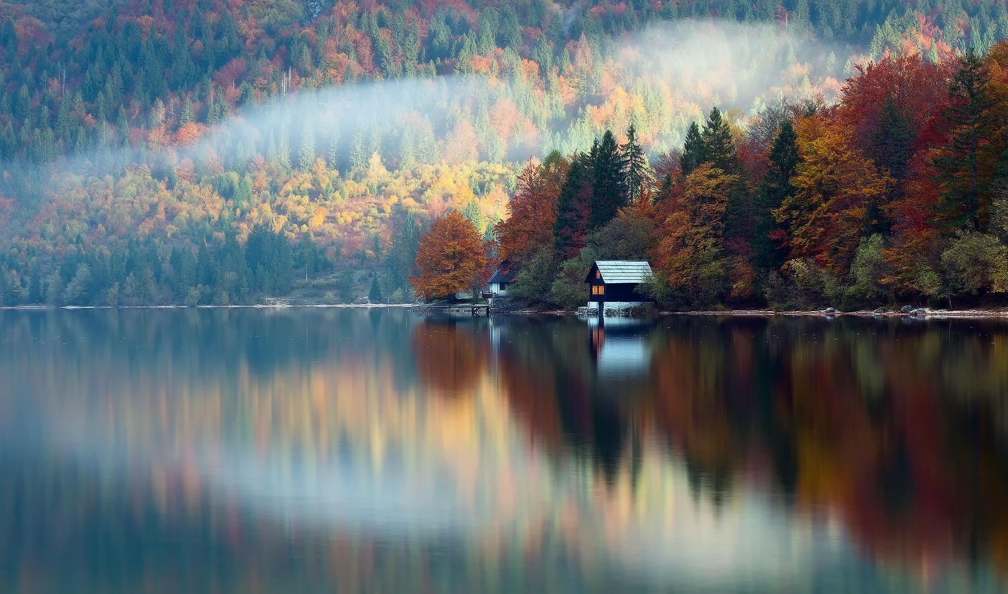 природа озеро дом лес деревья  № 2447953 без смс