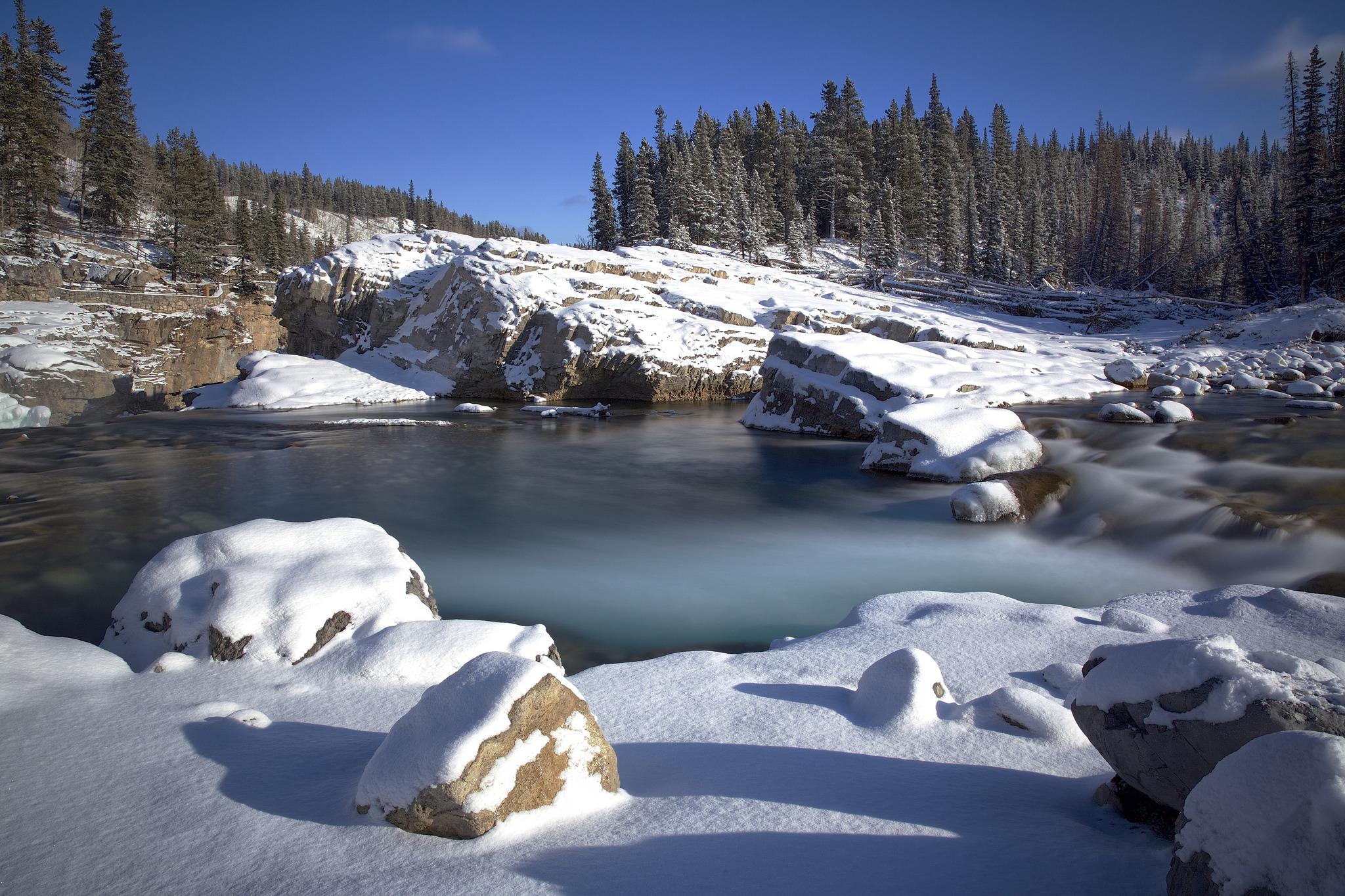 горы камни снег зима  № 2512901 без смс