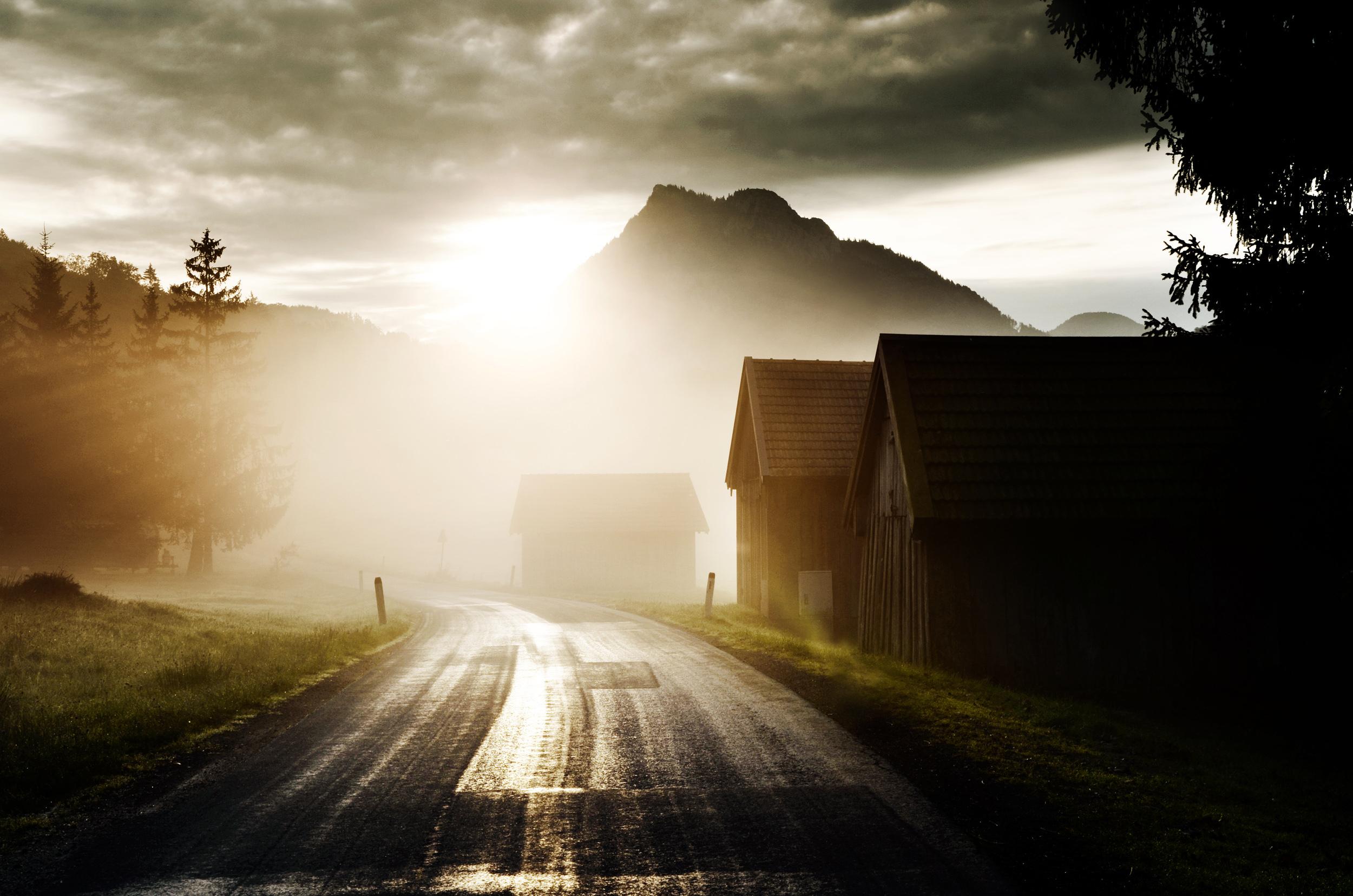 Солнце, рассвет, горы, холмы, дорога  № 3302177 бесплатно