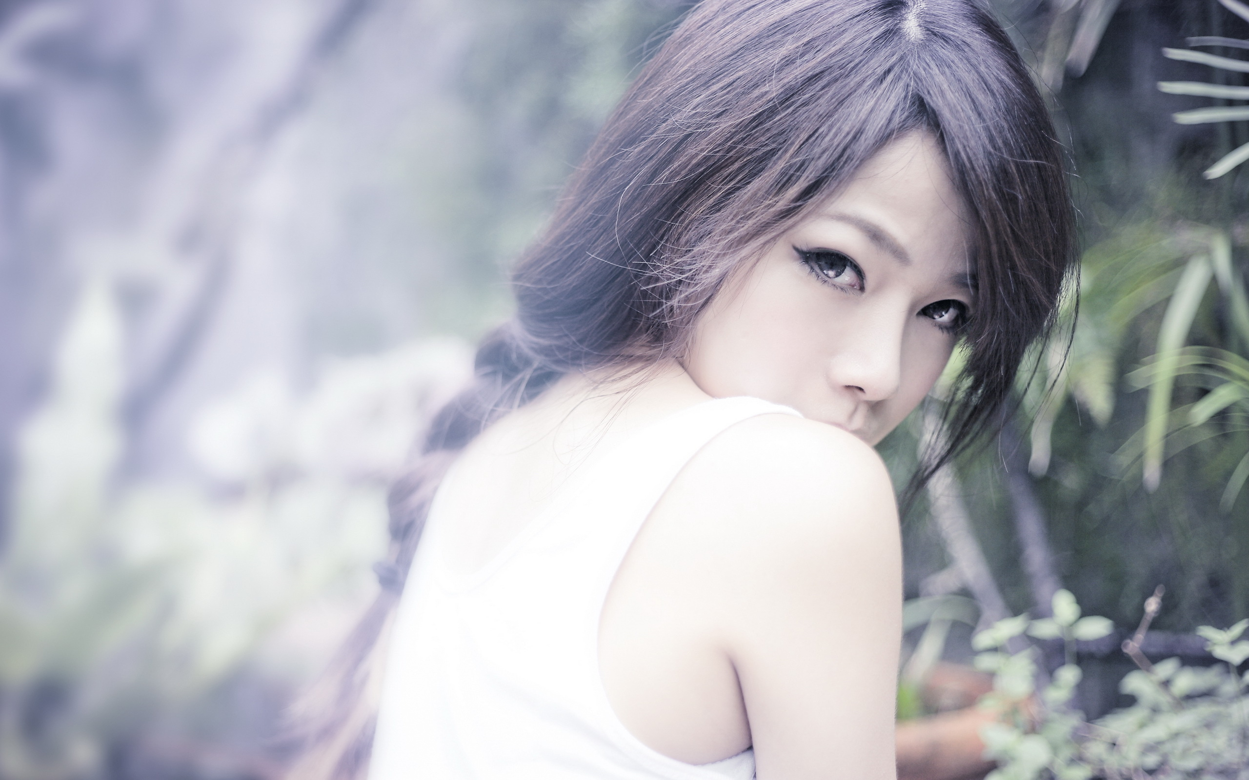 regard-half-asian-girls-as-beautiful