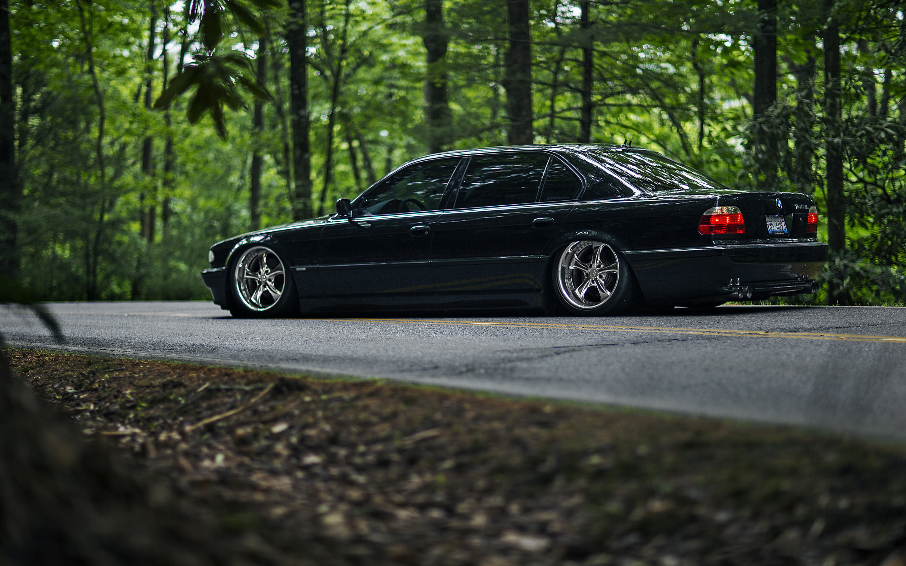Download Wallpaper Car Bmw Black E38 Stance 7 Series 740il Section Bmw In Resolution 2880x1800