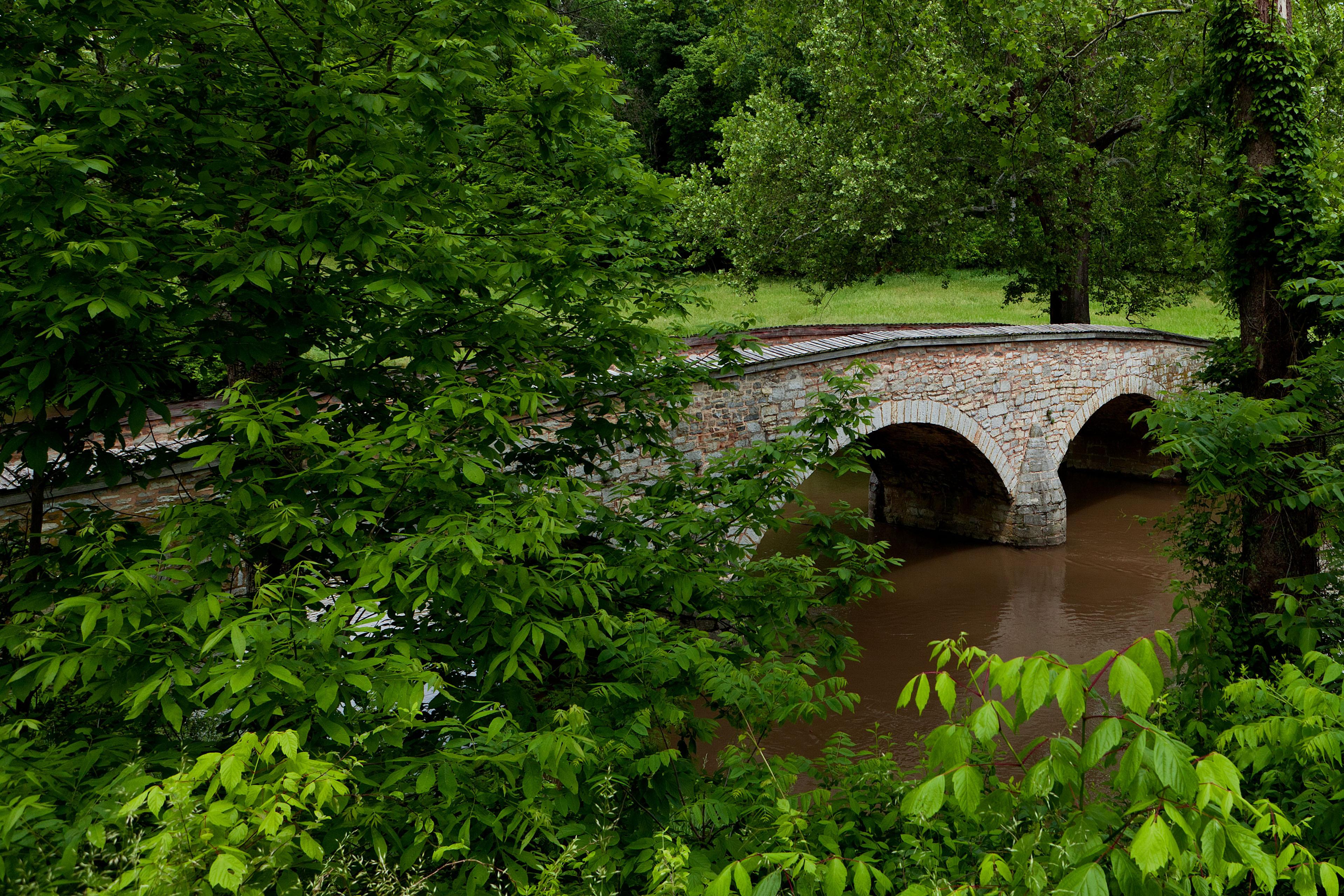 природа страны архитектура река мост Александр  № 2234636 бесплатно