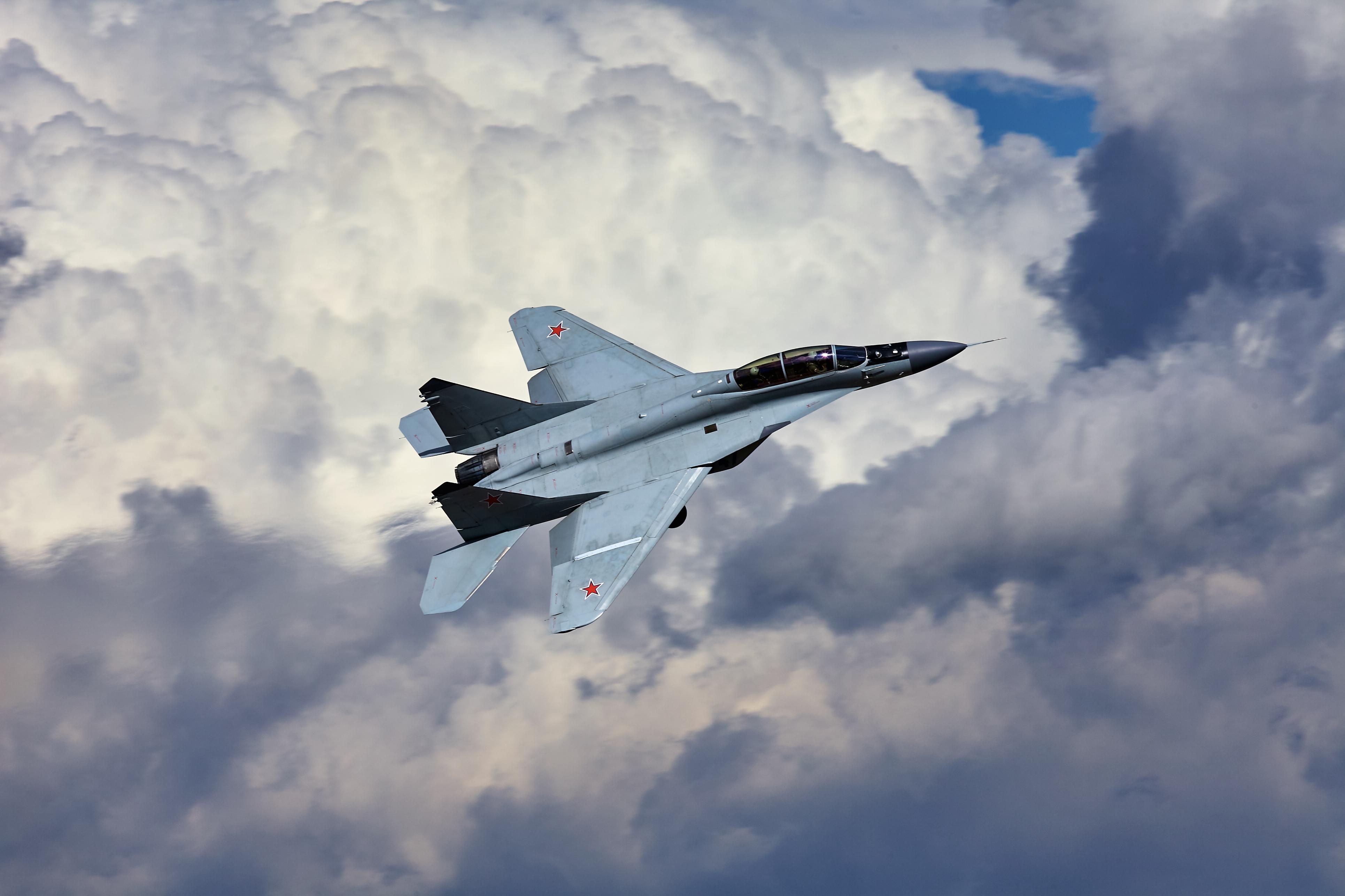самолет ВВС РФ МиГ-35 Микоян  № 3741477 бесплатно