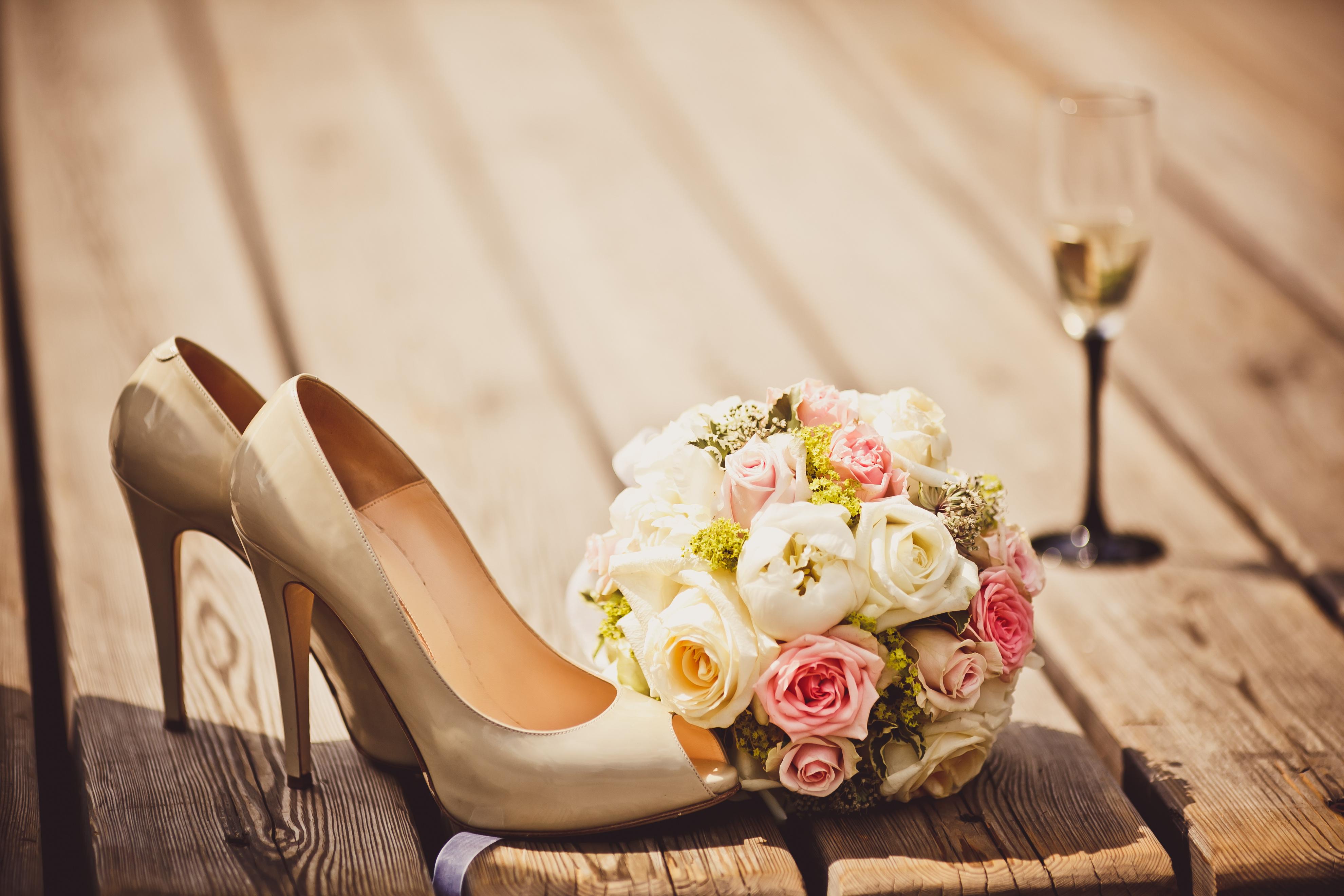 Туфли и розы  № 3398377  скачать