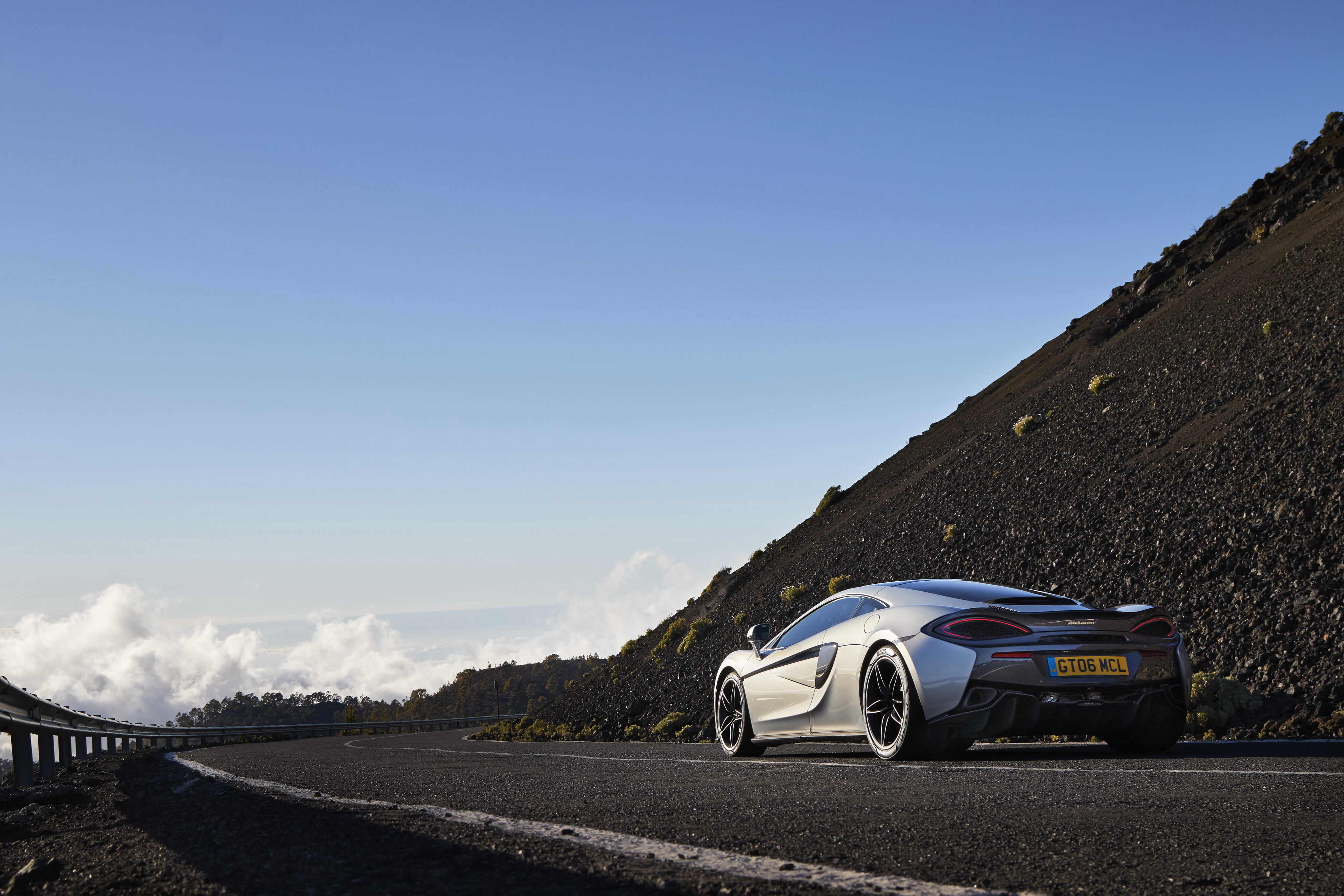 McLaren дорога  № 2968454  скачать