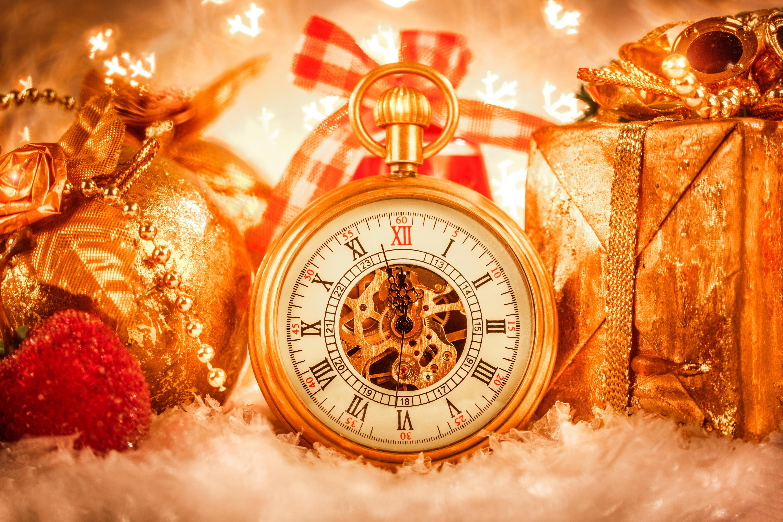 часы игрушки подарки снежинки  № 2647394  скачать