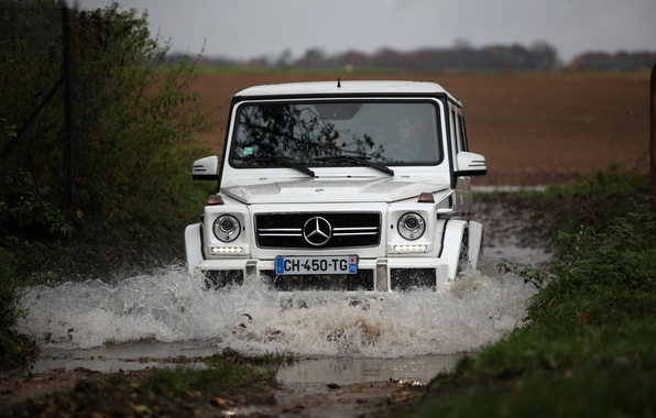 Picture white, water, squirt, Mercedes, Mercedes, white, the roads, water, amg, off-road, spray, g63