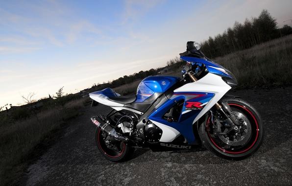 Picture the sky, clouds, blue, motorcycle, suzuki, bike, blue, Suzuki, gsx-r1000