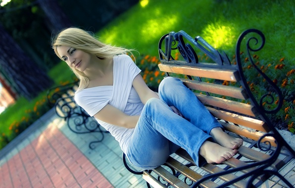 Picture girl, Park, bench