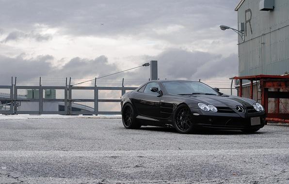 Picture black, the fence, McLaren, black, Mercedes Benz, front view, barbed wire, SLR McLaren, Mercedes Benz