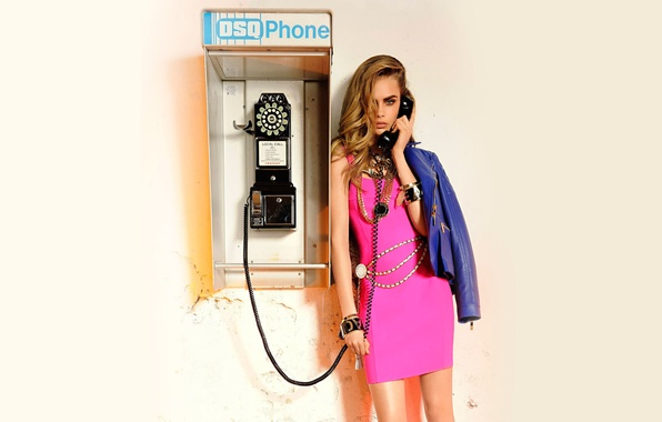 Picture model, dress, phone, Cara Delevingne