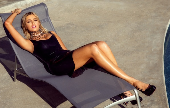 Picture look, decoration, pose, model, pool, figure, dress, hairstyle, blonde, chaise, shoes, lies, legs, in black, …