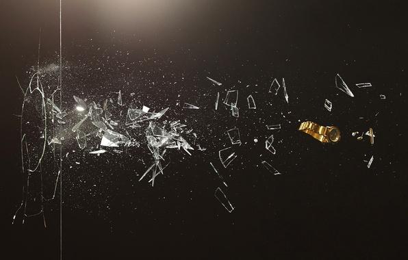 Picture glass, fragments, creative, watch, blow, romain laurent, novel Lauren, failure, broken