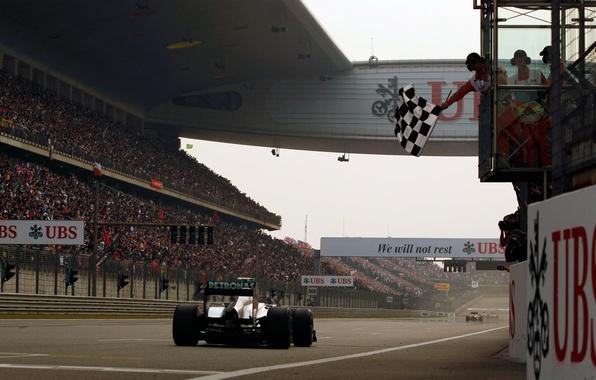 Picture machine, race, track, flag, stadium, tribune, formula 1, formula-1, cars, the asvaltu, Grand Prix
