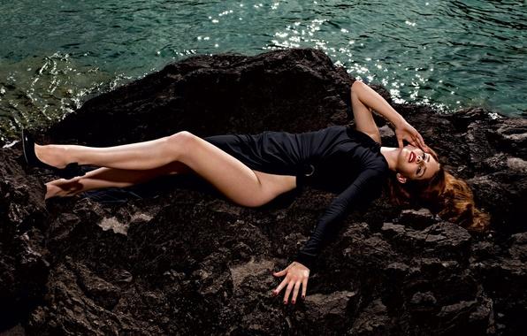 Picture water, girl, stones, feet, dress, black, shoes, singer, Lana Del Rey, Lana Del Rey