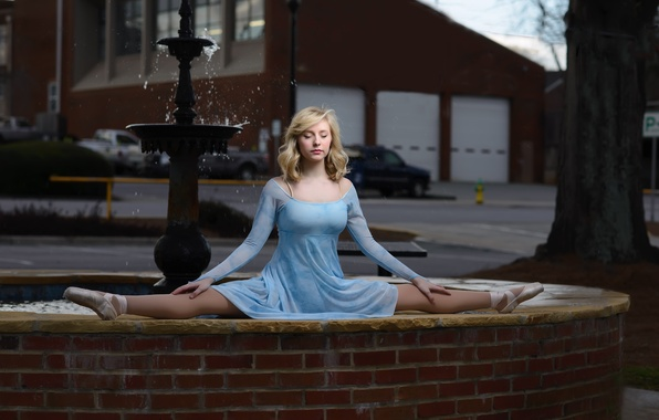Picture girl, mood, the situation, dress, fountain, ballerina, twine, Pointe shoes