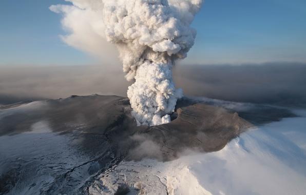 Picture ash, smoke, the volcano, the eruption