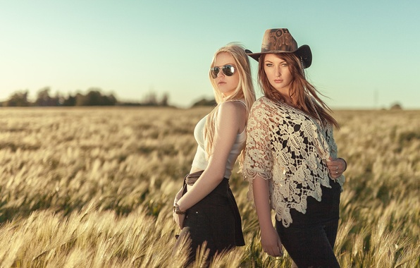 Picture girls, hat, meadow, glasses, blonde, brown hair, girls, Nathan Photography, Tonny Jorgensen, Emilie Friis, Celina …
