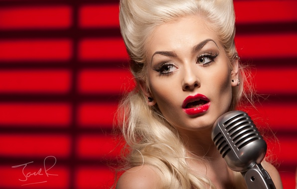 Picture girl, face, blonde, microphone, singer, red lipstick, Romanie Smith