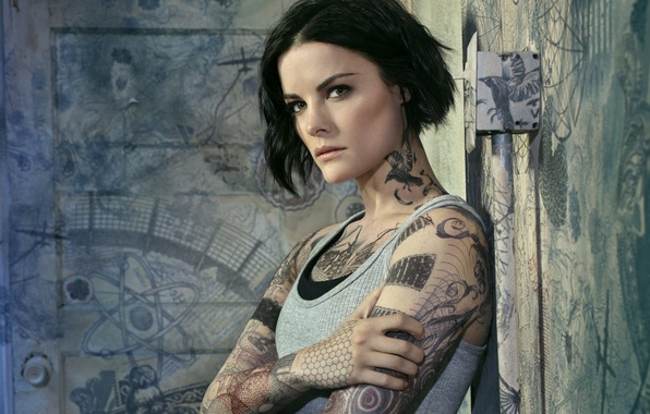 Picture look, pose, wall, frame, makeup, Mike, tattoo, hairstyle, drawings, the series, detective, tattoo, Jaimie Alexander, …