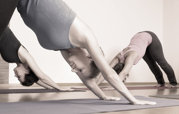 Picture position, group yoga, yoga class