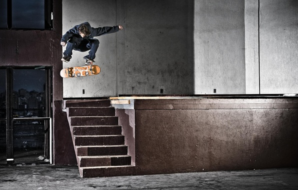 Picture light, house, jump, street, door, ladder, skateboarding, skateboard, extreme sports