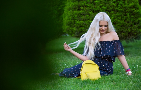 Picture grass, face, style, hair, dress, blonde, bag, beauty