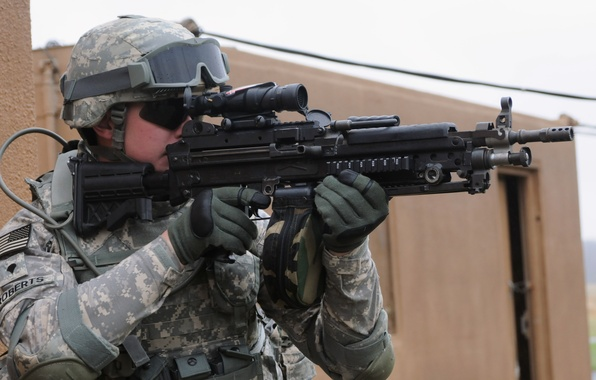 Picture gun, soldier, weapon, pearls, goggles