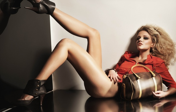 Picture look, girl, pose, reflection, wall, hair, makeup, blonde, floor, heels, bag, legs