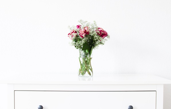 Picture table, roses, bouquet, vase