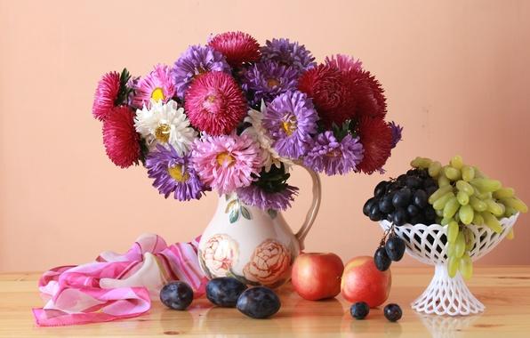Picture apples, bouquet, grapes, plum, asters