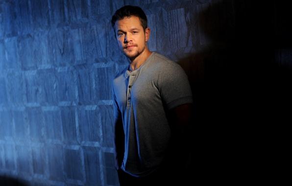 Picture shadow, lighting, t-shirt, actor, twilight, Matt Damon, photoshoot, Matt Damon, 2015, Los Angeles Times, LA …