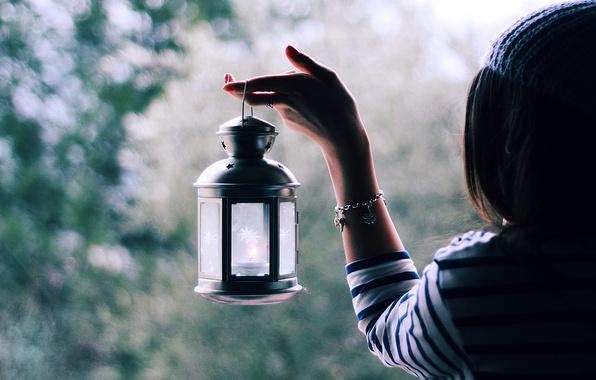 Picture girl, light, glare, mood, hair, hand, blur, lantern, bracelet