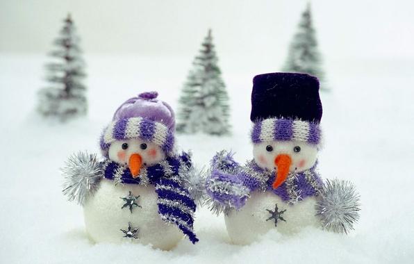 Picture snow, toy, tree, scarf, snowmen, children
