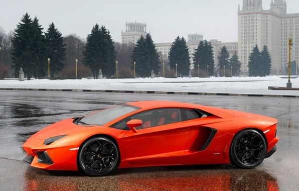 Picture the building, ate, side view, Lamborghini, aventador, lamborghini lp700-4 aventador