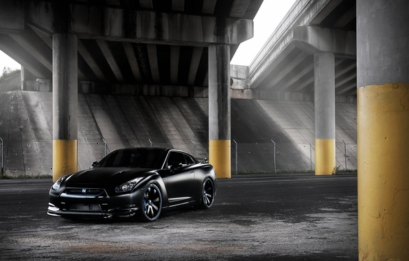 Picture black, tuning, overpass, GTR, columns, supercar, Nissan, Nissan, tuning, the front, gtr, R-35, R-35