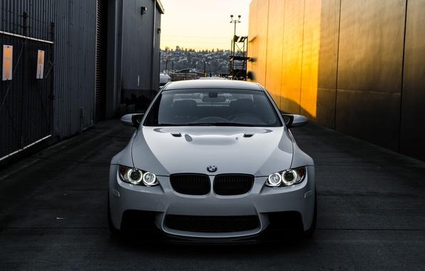 Picture white, light, bmw, BMW, white, lane, the front, day, e92