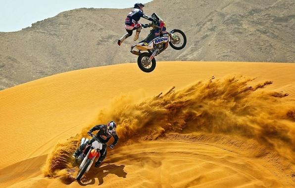 Picture SAND, HELMET, MOTOCROSS, COSTUME, MOTORCYCLES, DESERT, JUMPER
