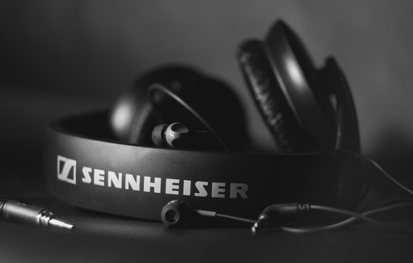 Picture headphones, black and white, Hi-Tech, sennheiser, HD 205