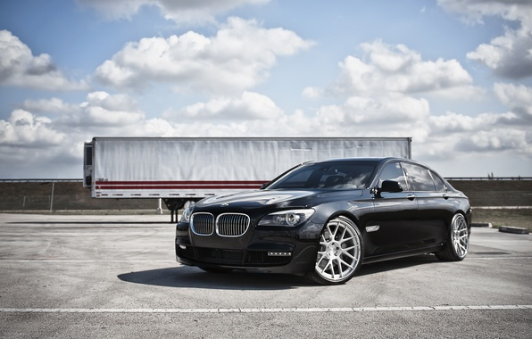 Picture the sky, clouds, BMW, BMW, black, black, trailer, 7 Series