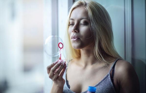 Picture girl, sponge, bubble, Amanda Gyllensparv