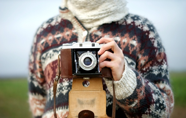 Picture pattern, figure, camera, hands, lens, sweater