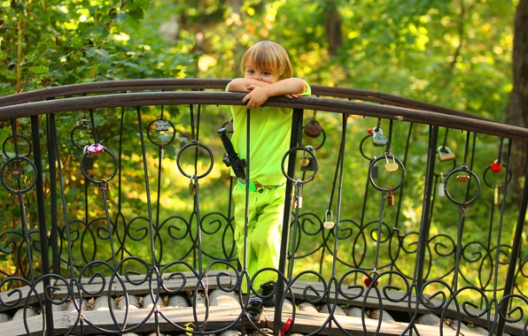 Picture greens, summer, trees, reverie, pose, sword, boy, fence, baby, costume, hearts, the bridge, child, locks, …