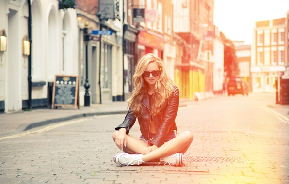 Picture girl, street, sneakers, glasses, jacket, blonde, girl, model