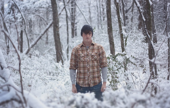 Picture winter, forest, snow, trees, branches, the hood, male, direct look