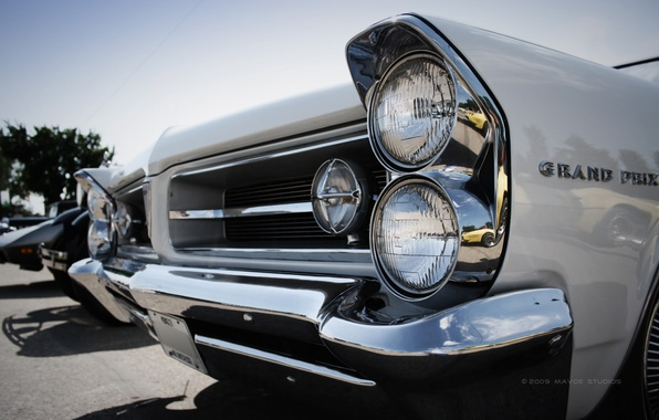 Picture headlight, retro car, grand prix, classics